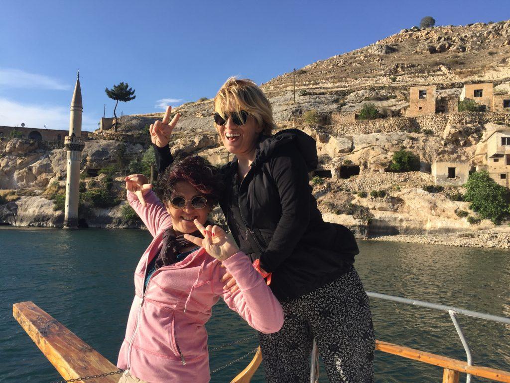 Halfeti-İki Kadın Anadolu'da