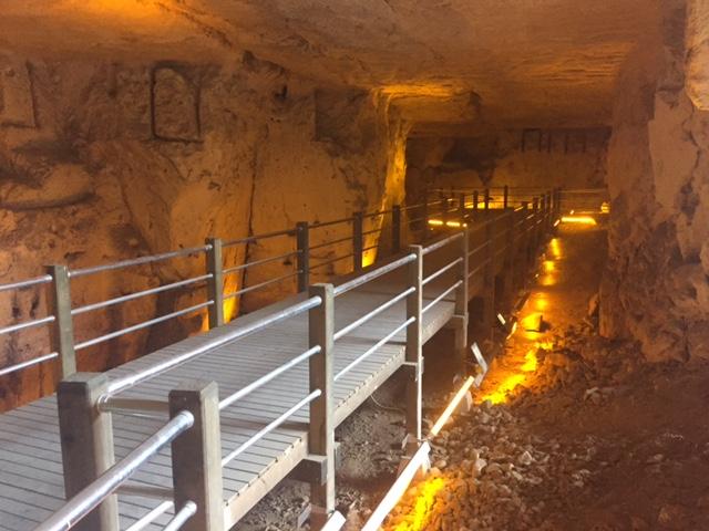 Şarklı Mağara